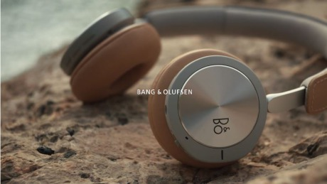 Client: Bang and Olufsen gallery