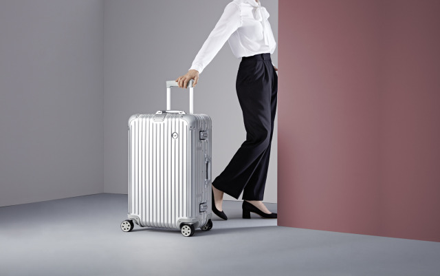 Client: RIMOWA gallery